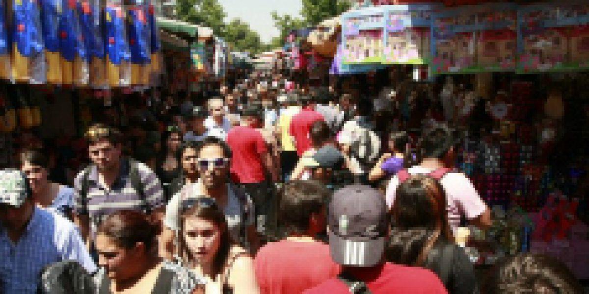 ¡No se lo pierdan! Centro de Santiago tendrá venta nocturna de cara a Navidad