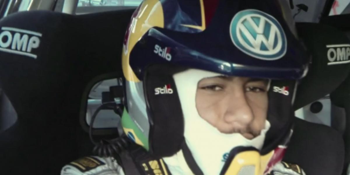 Neymar fue copiloto de Sebastien Ogier en un auto de rally