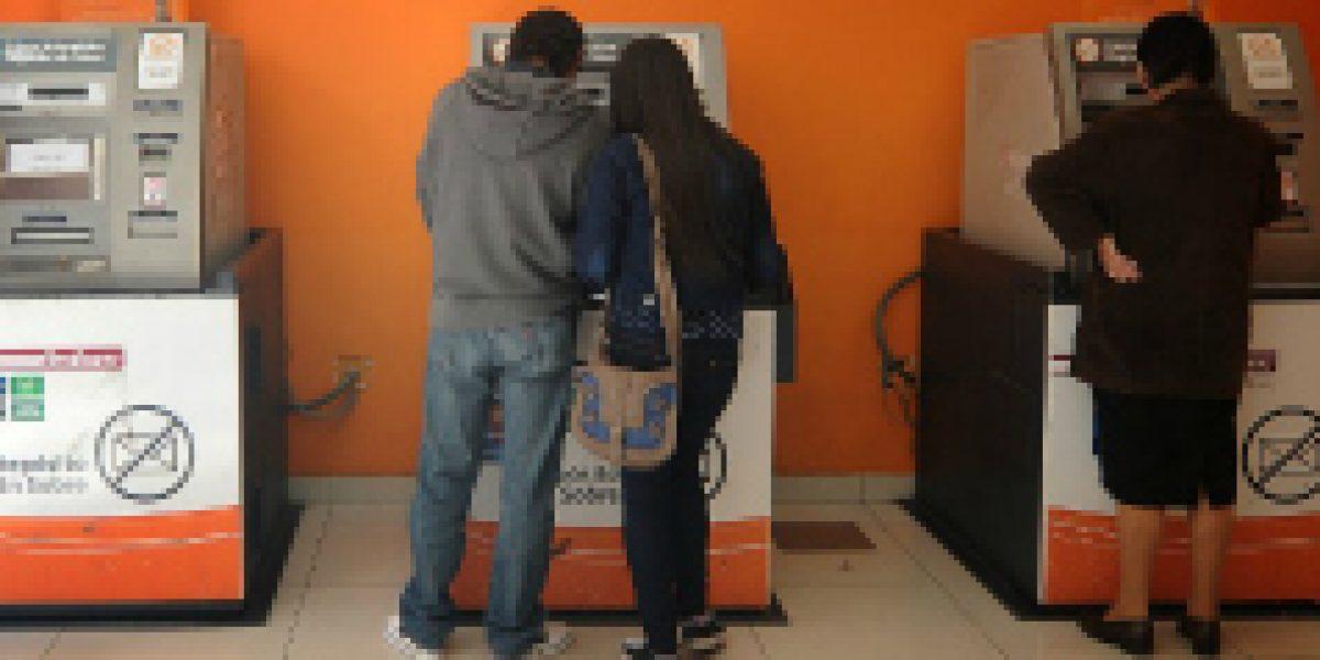 BancoEstado pone en funcionamiento 262 cajeros de cara a Navidad