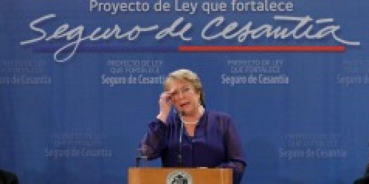 Bachelet firma indicación para fortalecer seguro de cesantía