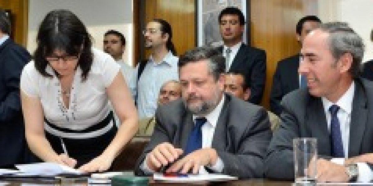 Empresarios y trabajadores del comercio logran acuerdo por descanso dominical