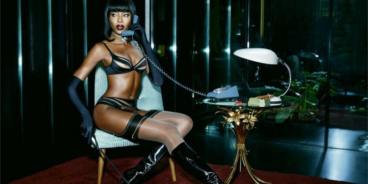 Como en sus mejores tiempos: Naomi Campbell se luce en sensual sesión fotográfica