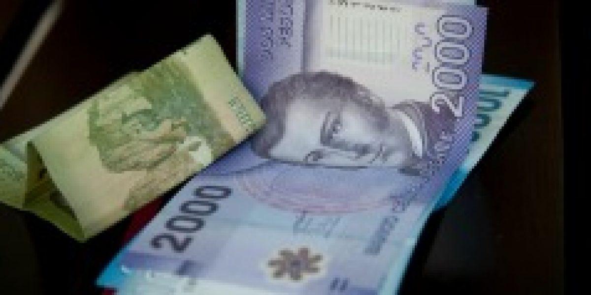Antes que se arrepienta: dinero en efectivo es uno de los regalos que más ofende según encuesta