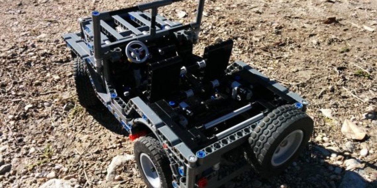 FOTOS Y VIDEO:Un Jeep Willys de Lego