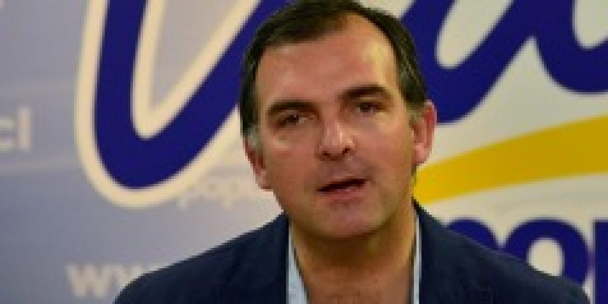 """UDI: """"Reforma Laboral no ayuda a mejorar los sueldos de los trabajadores"""""""