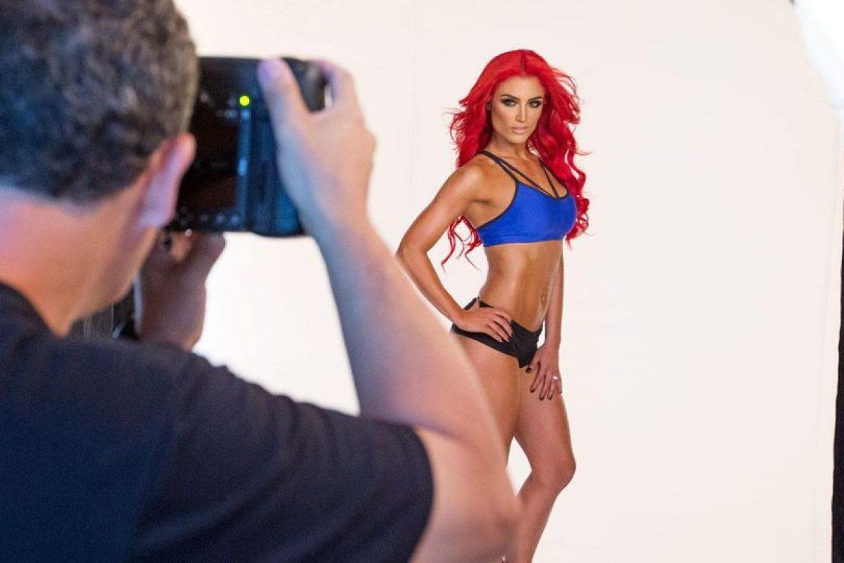 Mira el detrás de cámaras de la sesión de fotos Foto:WWE. Imagen Por: