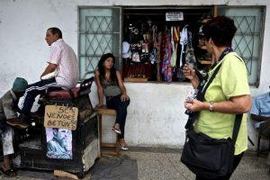 La portavoz agregó que urgirá a Cuba a que cumpla con la liberación de la totalidad de los presos políticos. Foto:Getty. Imagen Por: