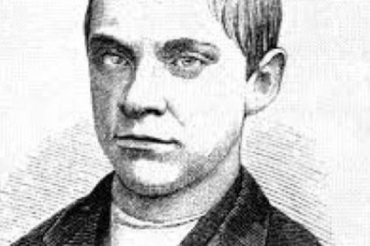 Jesse Pomeroy: Lo aprehendieron en 1854. Fue un asesino en serie que obtenía placer en matar a niños y niñas de corta edad. Comenzó a torturarlos y matarlos a los 12 años. Fue condenado a cadena perpetua, y no mostró nunca arrepentimiento. Foto:Wikipedia.. Imagen Por: