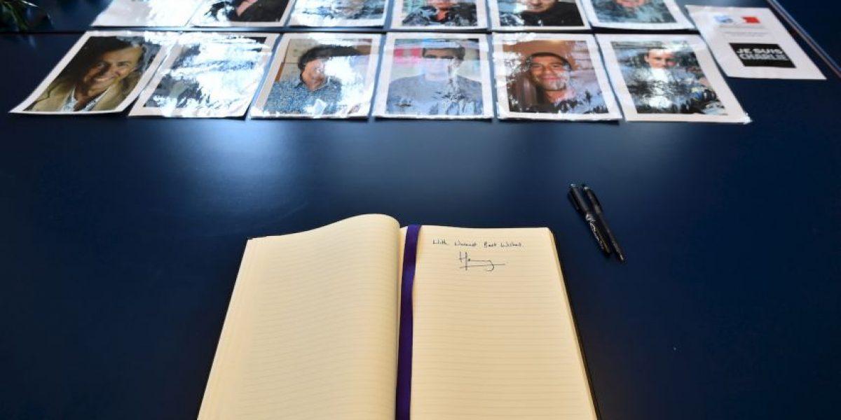 Príncipe Harry se solidariza con víctimas del atentado a Charlie Hebdo