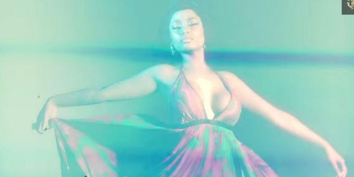 VIDEO: Nicki Minaj explota su sensualidad en una elegante sesión de fotos