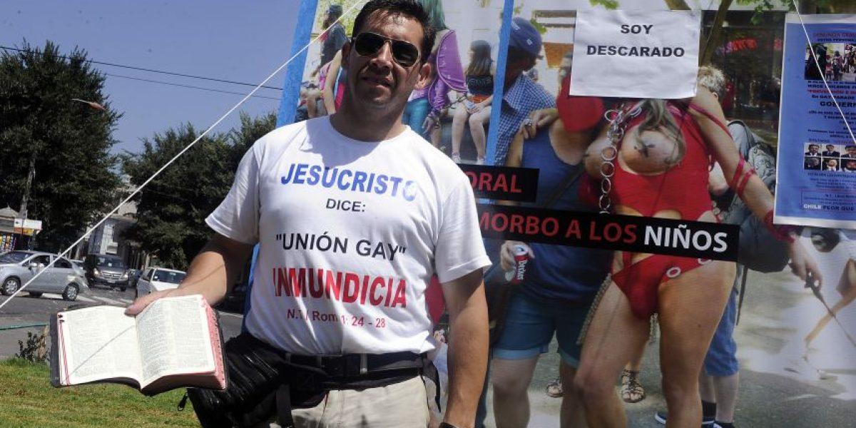 Pastor Soto vuelve a la carga en el Congreso: acusa de
