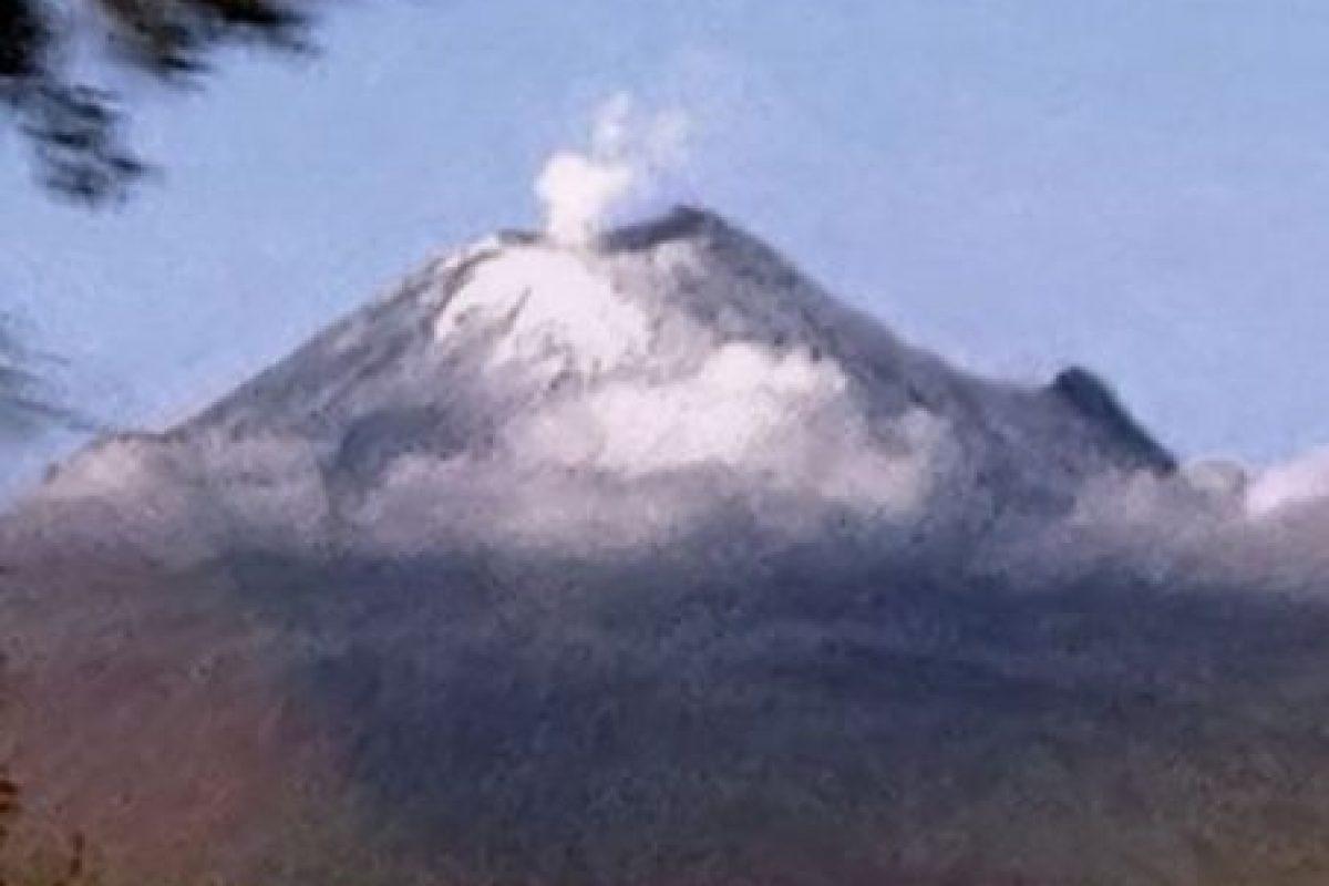 Ubicado a 72 kilómetros de la Ciudad de México, es el segundo más alto de los volcanes mexicanos. Foto:instagram.com/blumen8. Imagen Por: