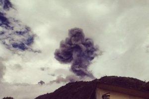 Su última erupción fue en 1999 y desde entonces ha tenido intensa actividad volcánica en 2006, 2010, 2012 y en 2014. Foto:instagram.com/diegocpollito. Imagen Por:
