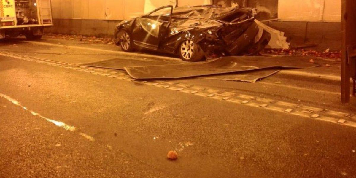 Accidente en el túnel Los Leones deja al menos un lesionado de gravedad