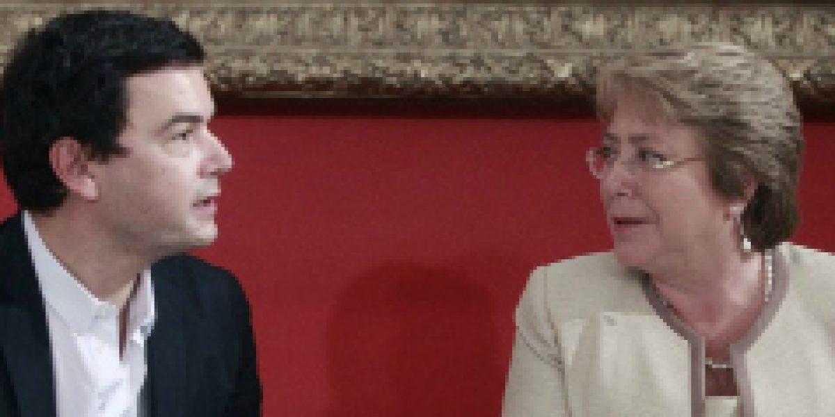 Thomas Piketty se reune con Michelle Bachelet tras presentar su nuevo libro en Chile