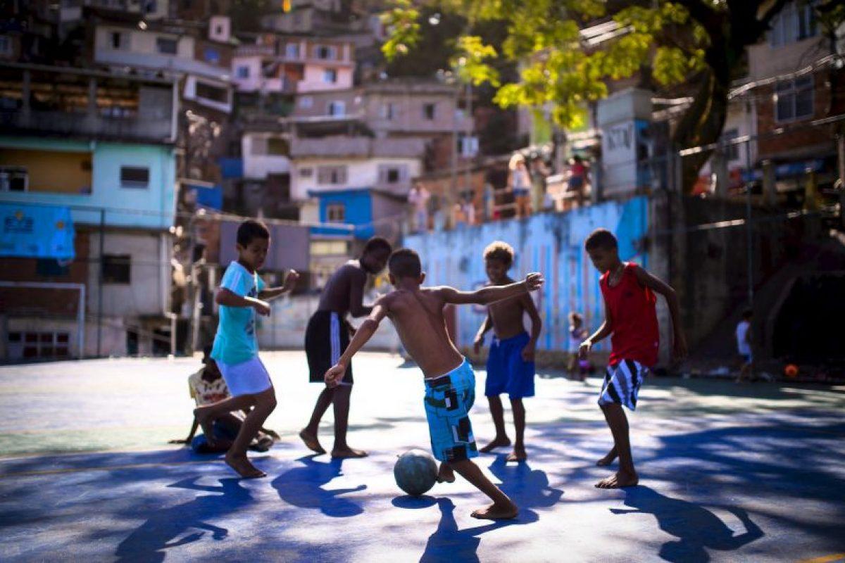 Un 15% de los niños y las niñas 6 de todo el mundo realizan trabajos que menoscaban su derecho a la protección contra la explotación económica Foto:Getty Images. Imagen Por: