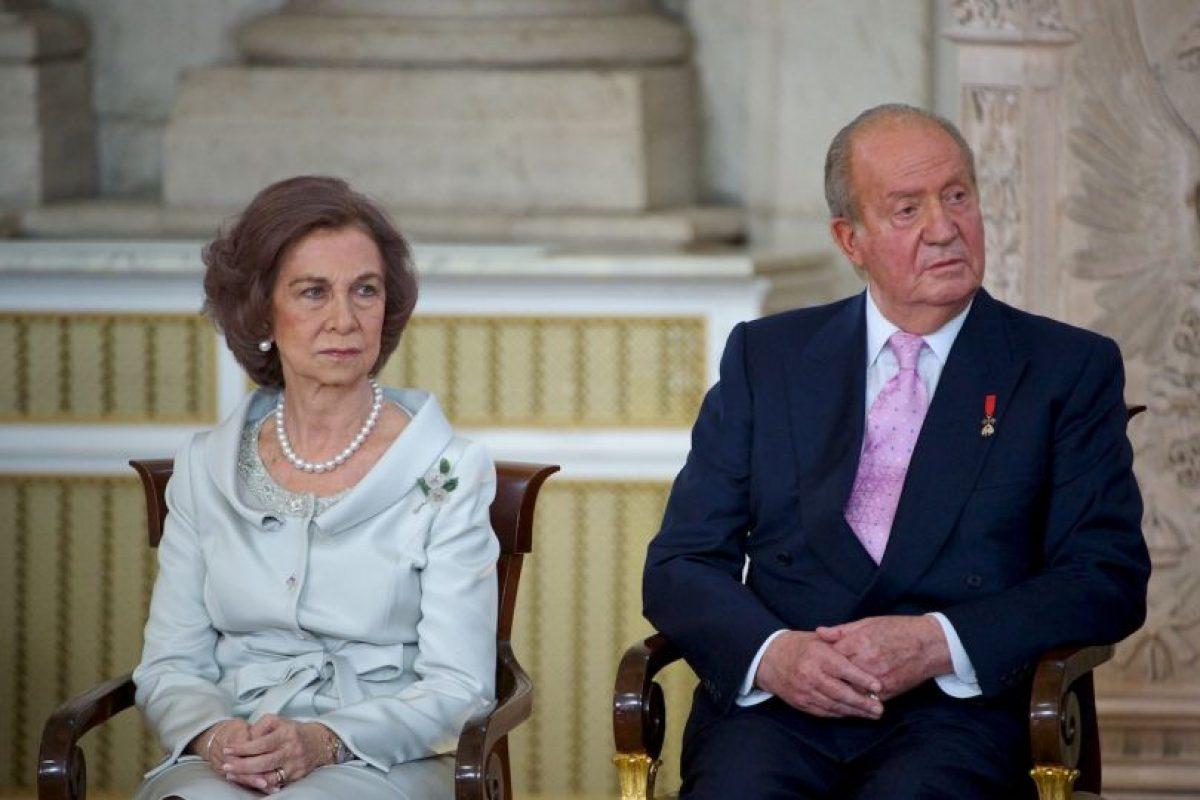 Hace unos meses se anunció que se divorciaría de la Reina Sofía. Foto:Getty Images. Imagen Por: