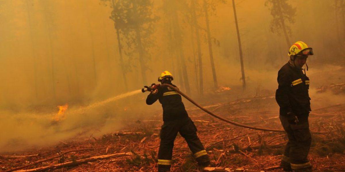 En temporada de incendios forestales #PrendeconAgua con los Bomberos