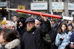 Las manifestaciones estuvieron apoyadas por diversos periodistas. Foto:AP. Imagen Por: