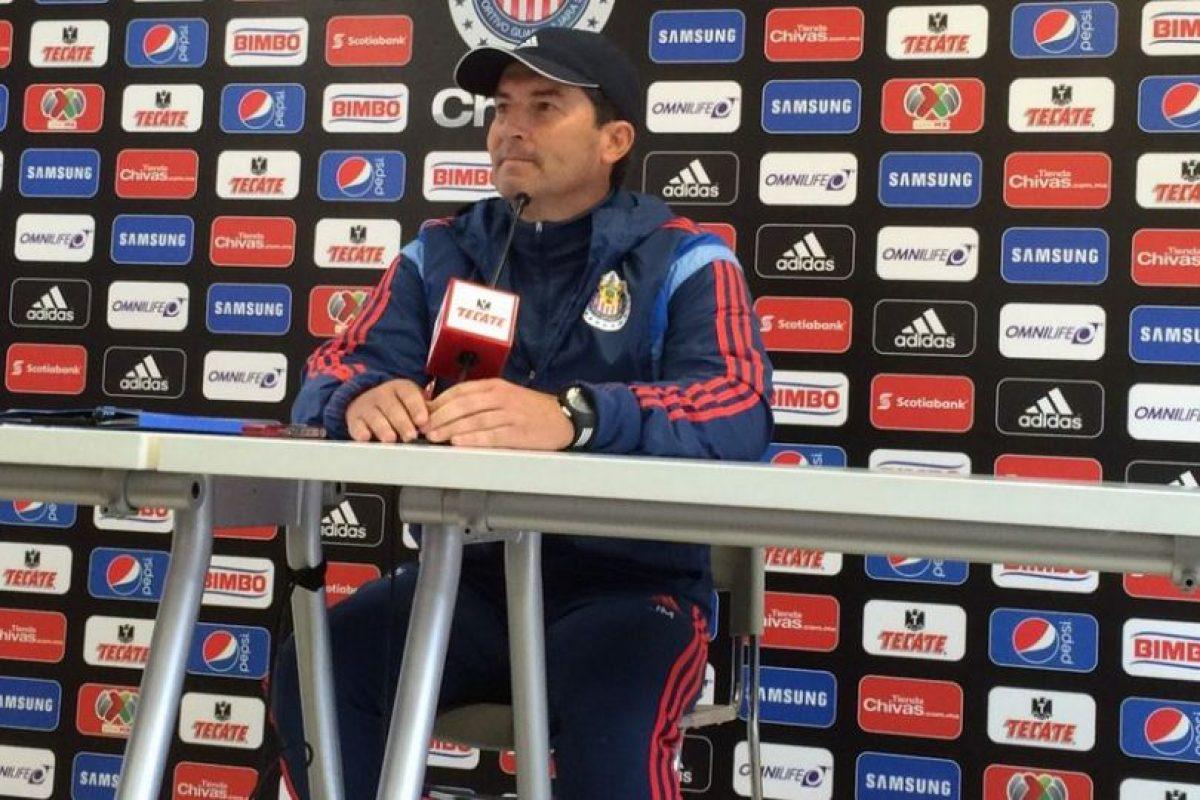 Contrataron al extécnico de la Selección de México, José Manuel de la Torre Foto:Twitter: @Chivas. Imagen Por: