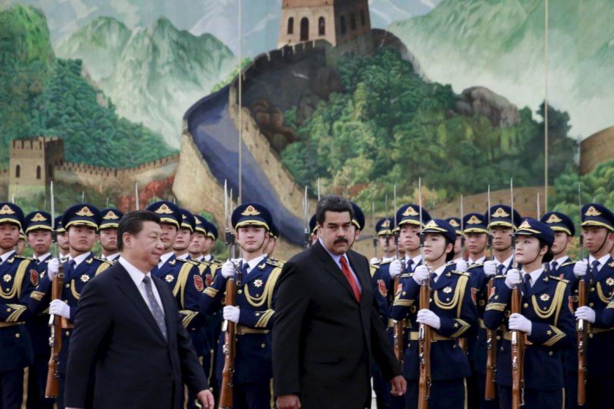 Mientras tanto, Nicolás Maduro realiza una gira de trabajo internacional Foto:Getty Images. Imagen Por: