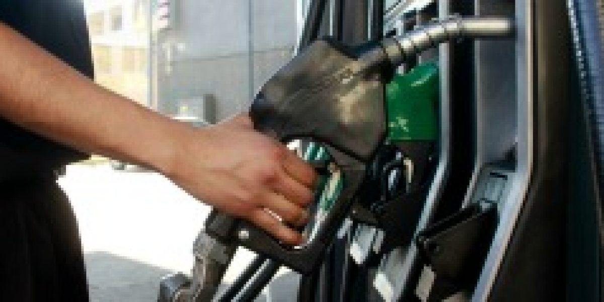 Esto no para: hasta $25 bajaría el precio de las bencinas este jueves