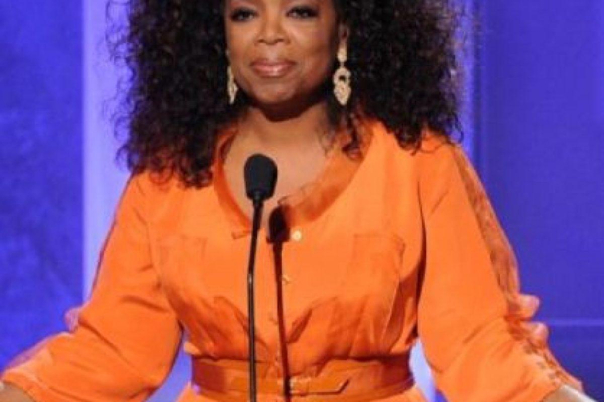 Oprah Winfrey: Una persona de su familia abusó de ella cuando tenía sólo nueve años. Foto:Getty Images. Imagen Por: