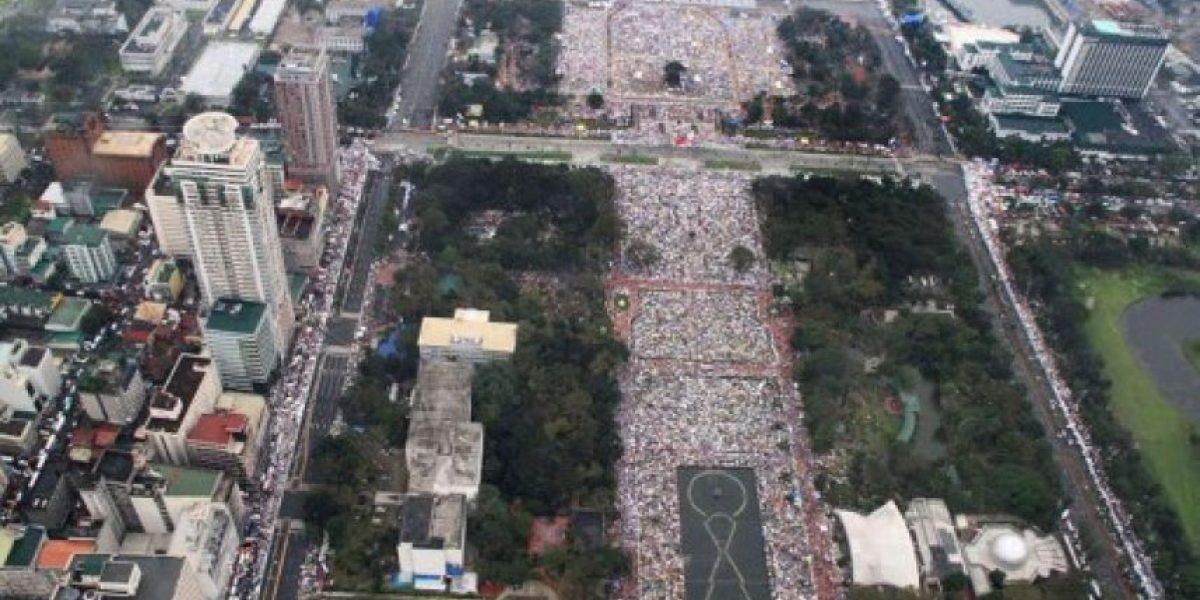 (FOTOS) Papa Francisco presidió en Filipinas la misa más concurrida de la historia: Seis millones de fieles