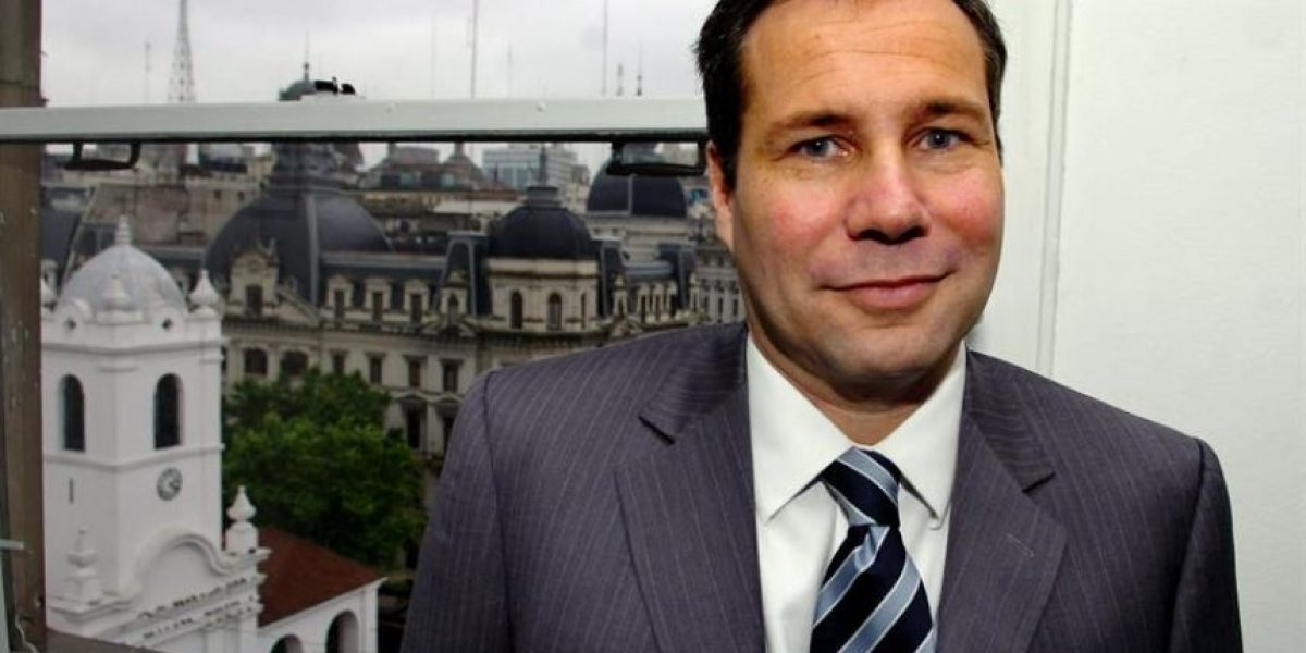 Argentina: Bala que mató a fiscal Nisman salió del arma encontrada junto a su cadáver