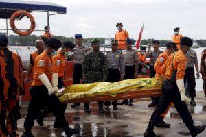 Los restos fueron hallados en el mar de Java. Foto:AP. Imagen Por: