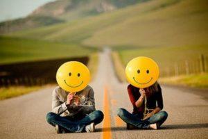 """""""Desciende a las profundidades de ti mismo, y logra ver tu alma buena. La felicidad la hace solamente uno mismo con la buena conducta"""", Sócrates Foto:Tumblr.com/tagged-felicidad. Imagen Por:"""