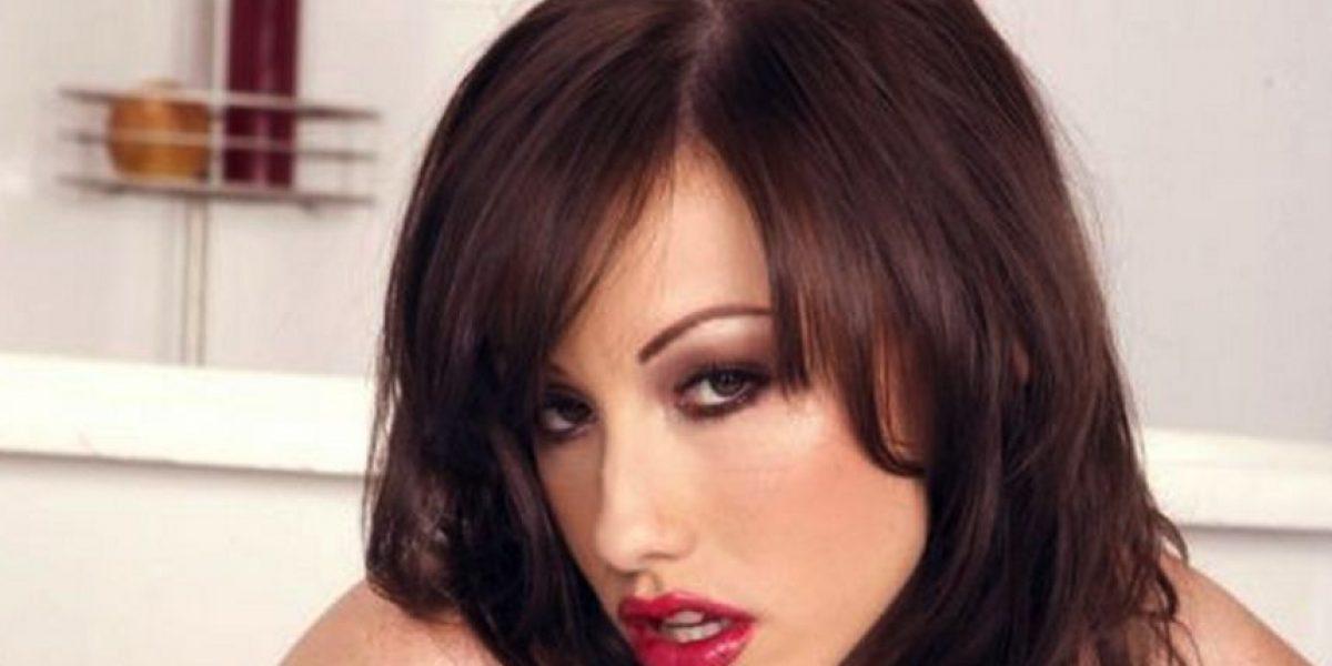 ¡Insólito! Un concurso ofrece una noche con tres estrellas porno