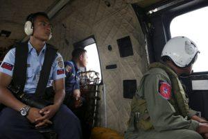 Expertos siguen investigando las causas del accidente. Foto:AP. Imagen Por:
