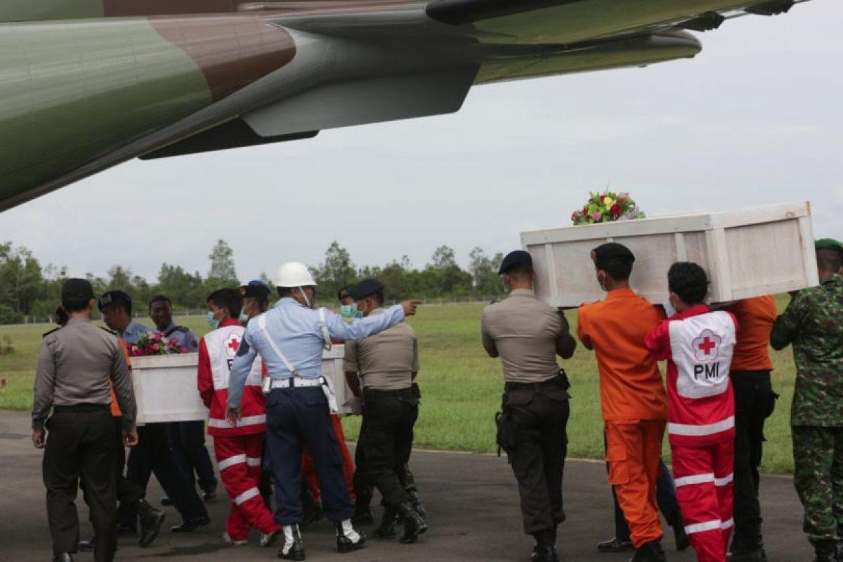 El traslado de las víctimas fue coordinado por el Gobierno indonesio. Foto:AP. Imagen Por: