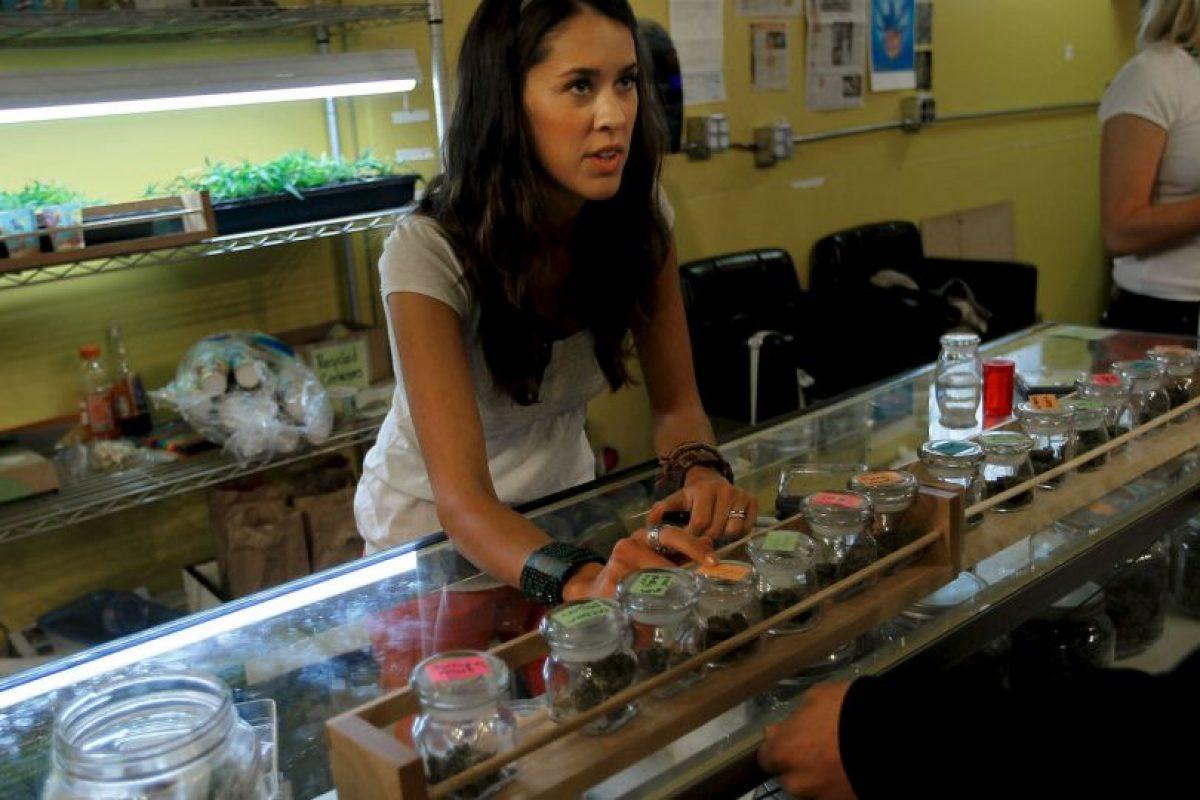Existen una gran variedad de productos realizados con cannabis, entre ellos galletas y vaporizadores Foto:Getty Images. Imagen Por: