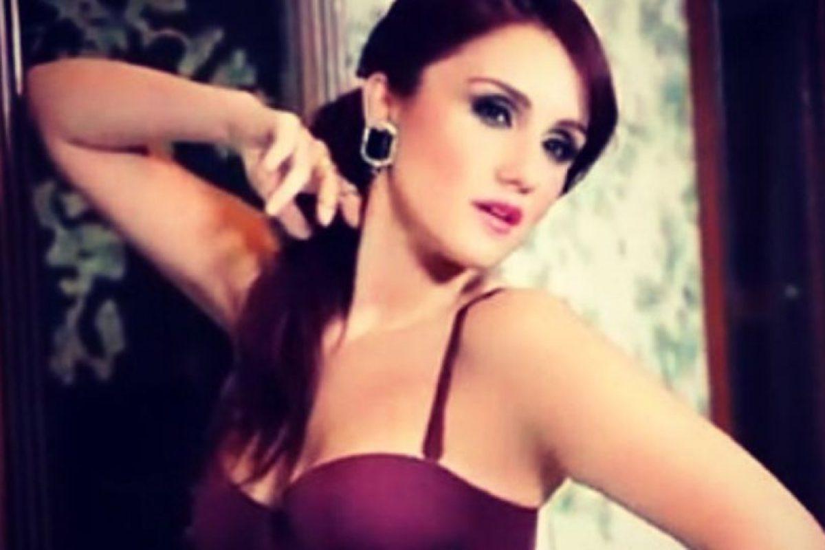 La ex integrante del grupo RBD tuvo un romance con el portero mexicano Guillermo Ochoa Foto:Instagram: @dulcemaria. Imagen Por: