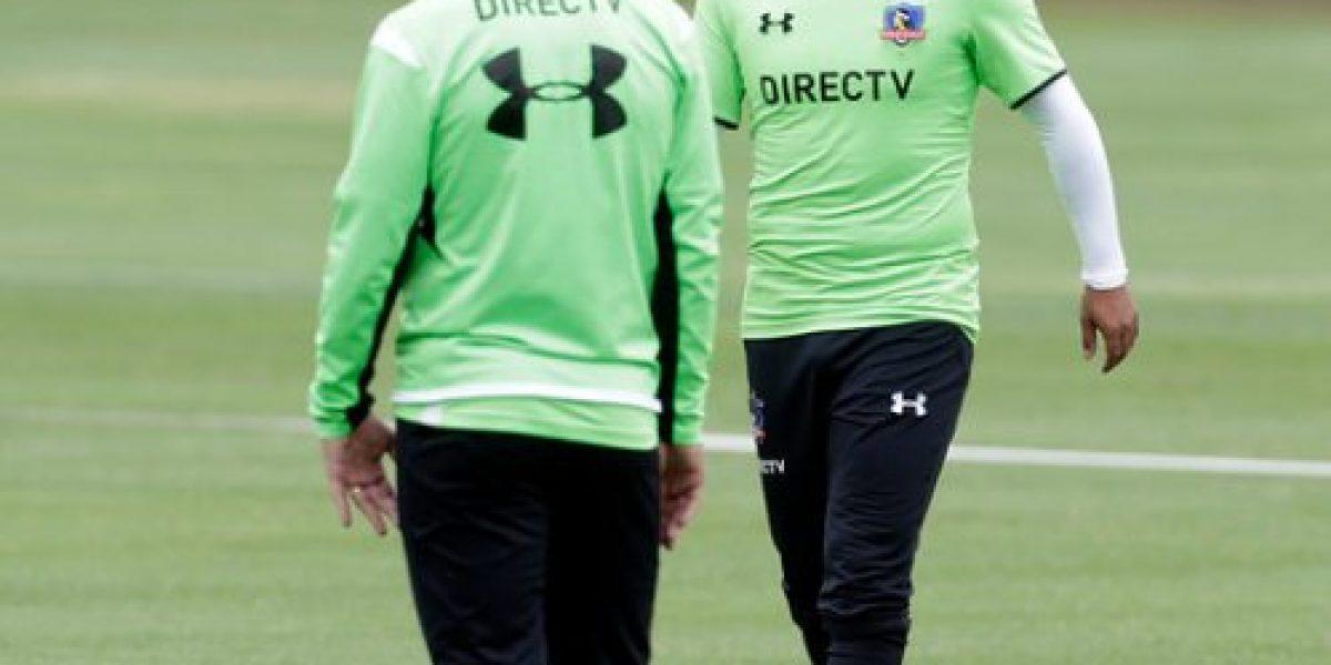 Caricias para Humberto Suazo: las fotos del entrenamiento de Colo Colo