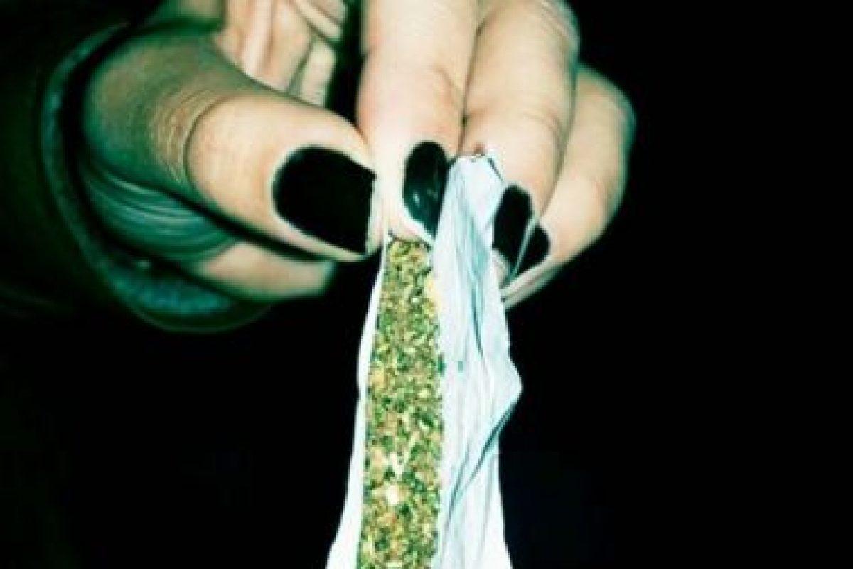Cristina Sánchez, bióloga de la Universidad Complutense de Madrid, realizó un hallazgo en el que observó que los cannabionoides de la marihuana inhiben el desarrollo del cáncer. Foto:Tumble.com/Tagged-marihuana. Imagen Por: