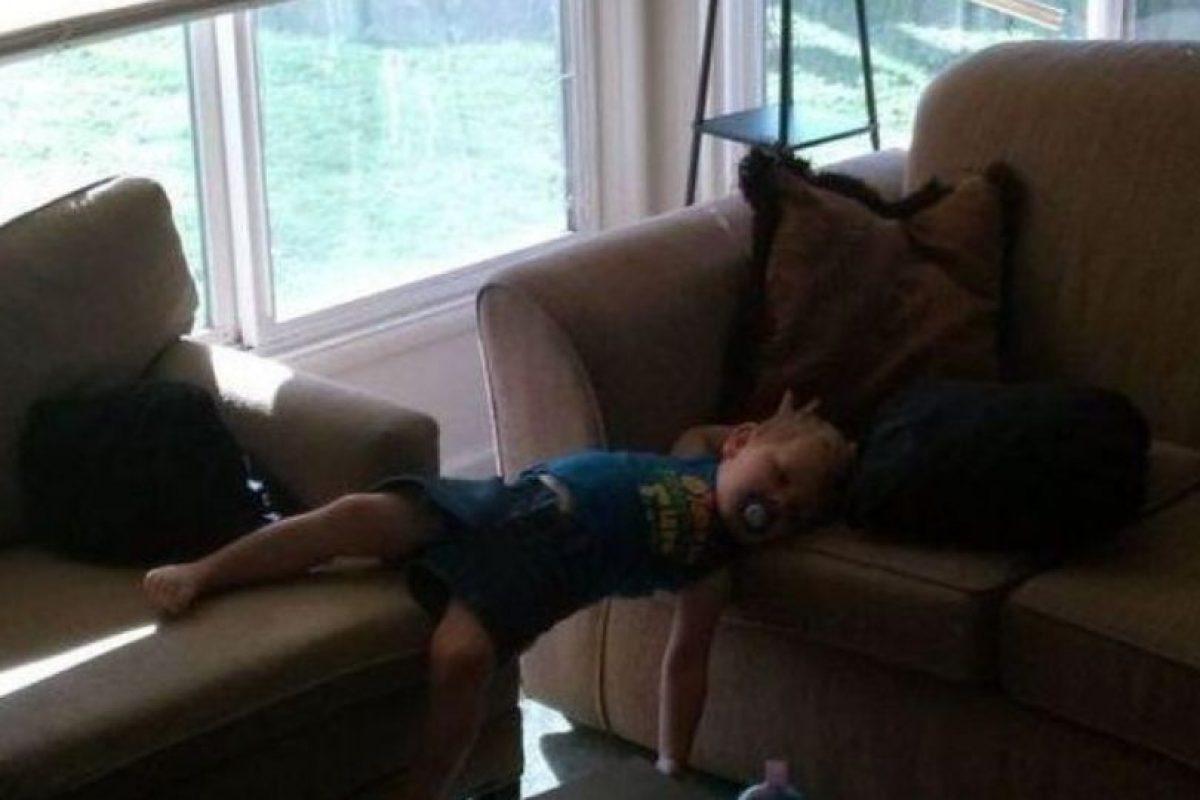 ¡¿Cómo lo hace?! Foto:Tumblr.com/tagged-dormir-posiciones-wtff. Imagen Por:
