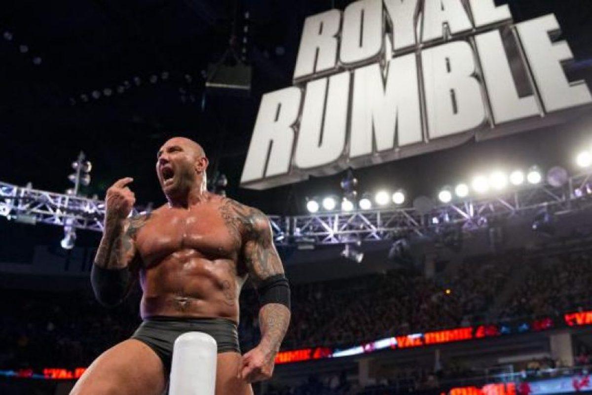 7. Batista es el único que ha ganado Royal Rumble saliendo en el mismo número: 28 Foto:WWE. Imagen Por: