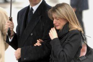 2007, en el funeral de Erika Ortiz, hermana menor de Letizia Foto:Getty Images. Imagen Por:
