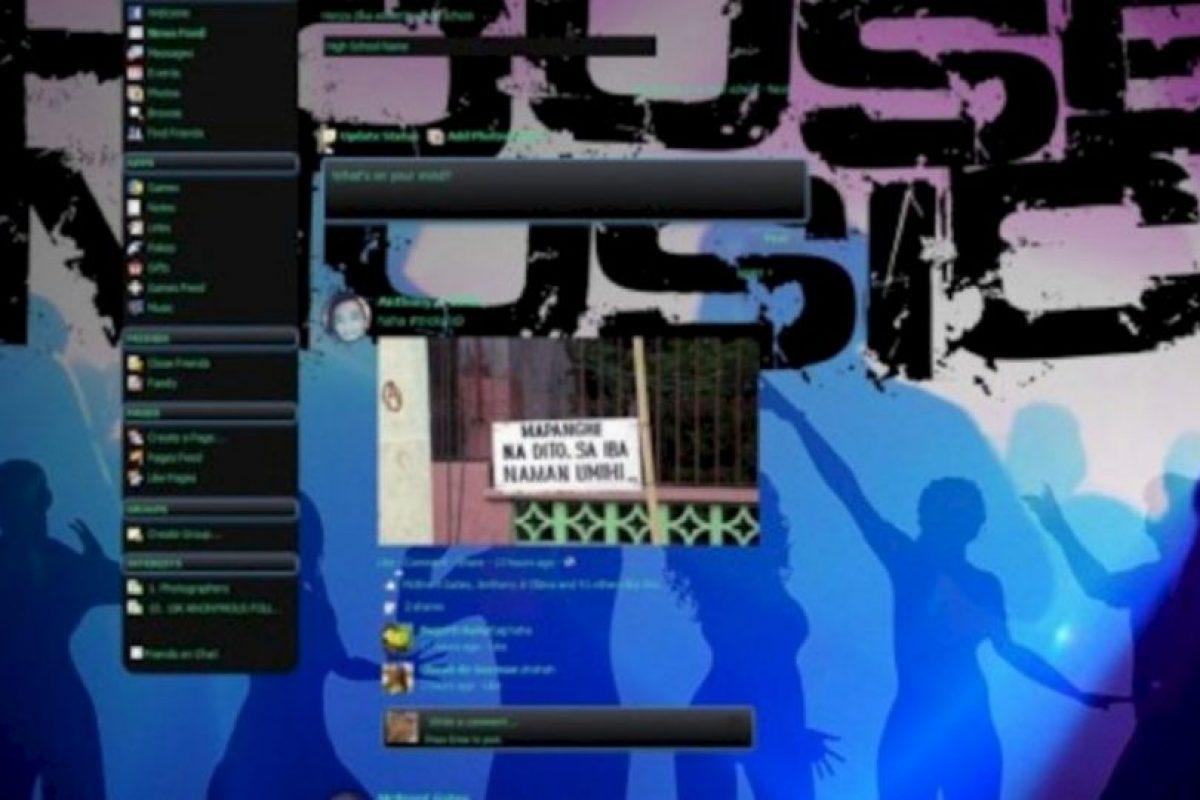 Tampoco existe Facebook Music Theme. Foto:vía Facebook. Imagen Por: