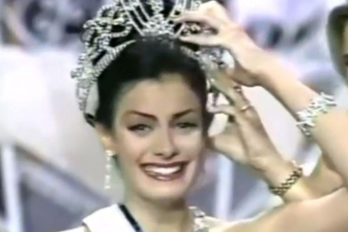 Miss Puerto Rico 1993 Foto:YouTube/Miss Universe. Imagen Por: