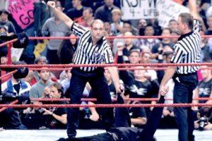 2. La victoria de Vince McMahon Foto:WWE. Imagen Por: