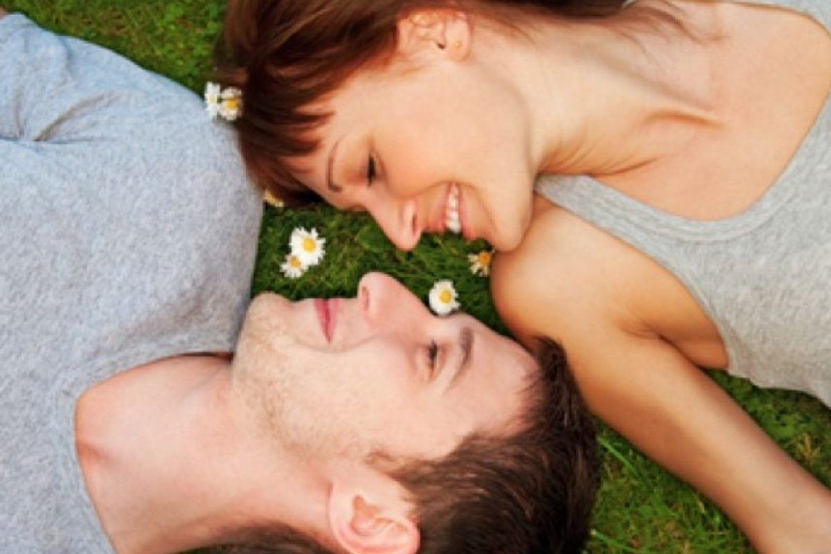5. Suelen preguntarle si está a gusto con ustedes y si son parte importante de su vida. Foto:Tumblr.com/tagged-pareja-cursi. Imagen Por: