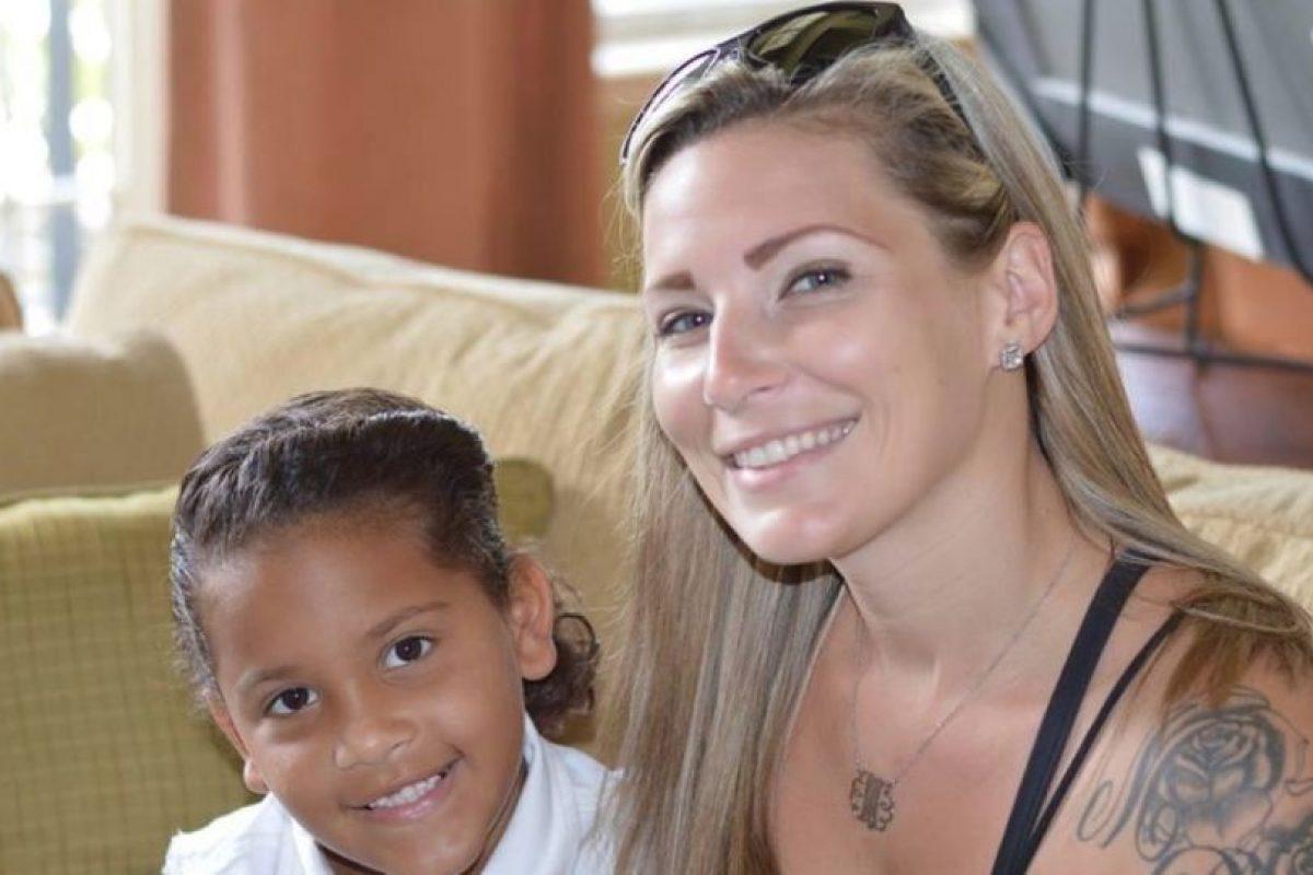 Es pediatra y madre de familia, pero su cara dio para memes y comerciales. Demandó a una página de Internet por usar su mugshot sin su autorización. Foto:Facebook/Meagan Simmons. Imagen Por: