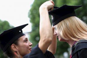 8. Los mejores compañeros son aquellos con los que pueden crear grandes cosas dentro del aula Foto:Getty Images. Imagen Por: