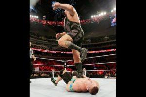 Big Show: Sus 2.13 metros lo pueden beneficiar en la batalla real Foto:WWE. Imagen Por: