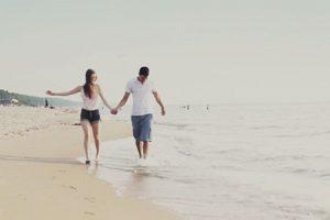 """11. Ya no se preocupen por """"quién paga qué"""" Foto:Tumblr.com/tagged-pareja. Imagen Por:"""