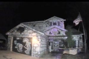 Ha tenido 5 versiones de la casa. Foto:Mike Busey /Youtube. Imagen Por: